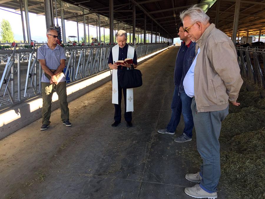 riccardo-nencini-agriambiente-galliano-2017-stalla-3