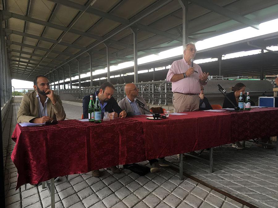 stalla-agriambiente-inaugurazione-2017-galliano-3