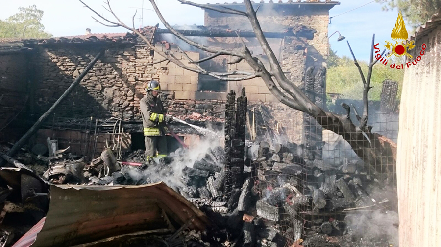 Incendio-San-Clemente-Scarperia-4