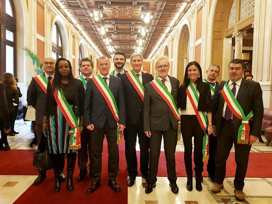 Incontro-sindaci-Parlamento-2